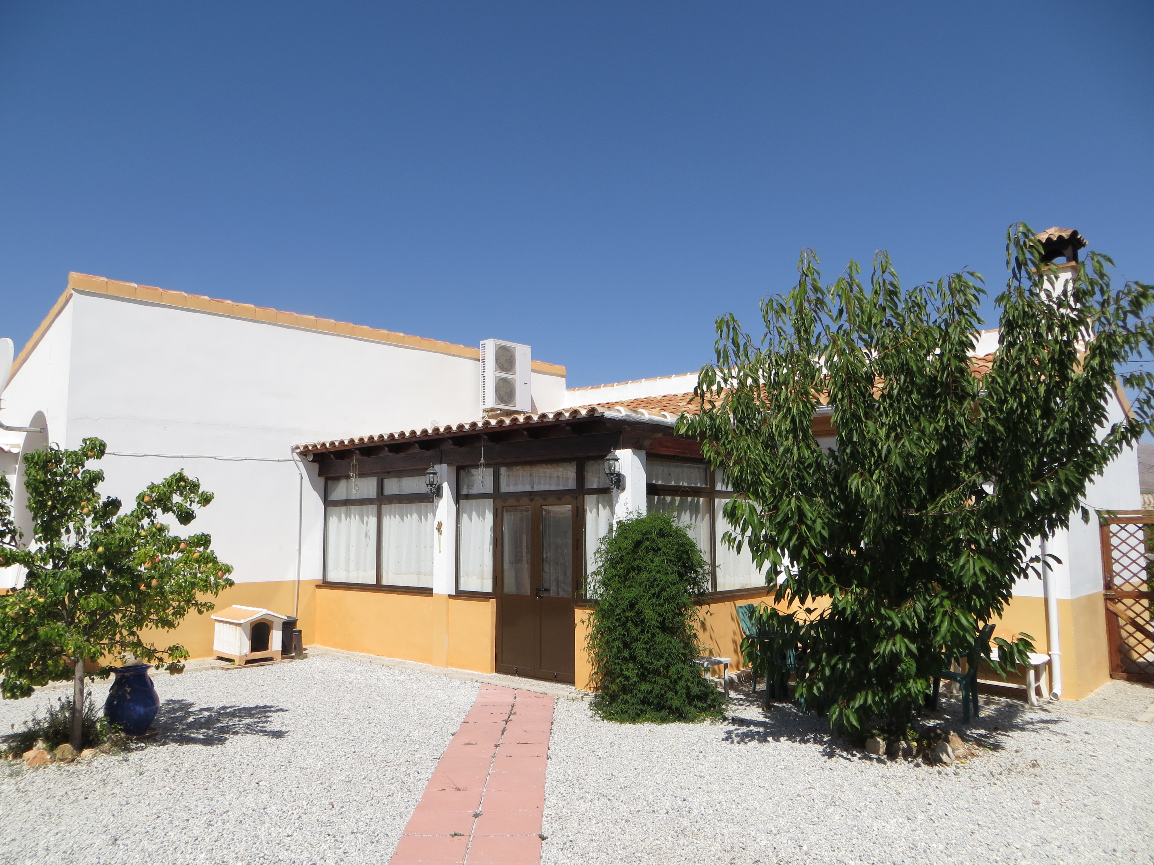 Coles of Andalucia property CHV3V01 photo 13