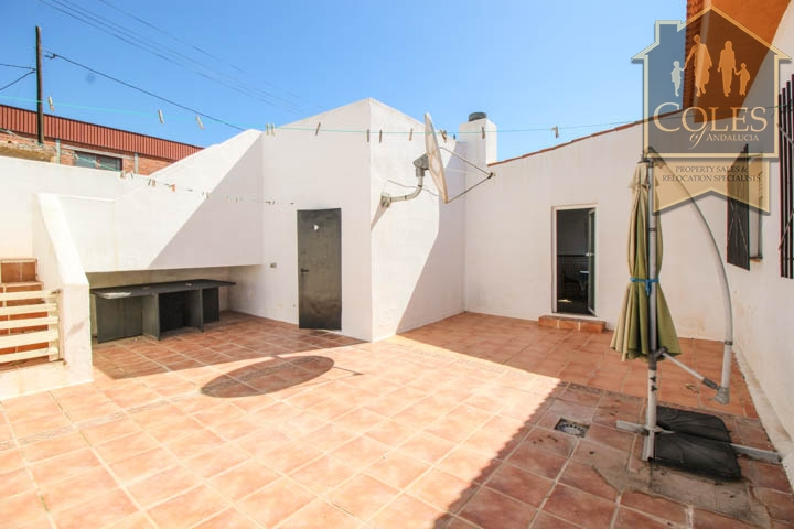 Coles of Andalucia property HUE5V01 photo 14