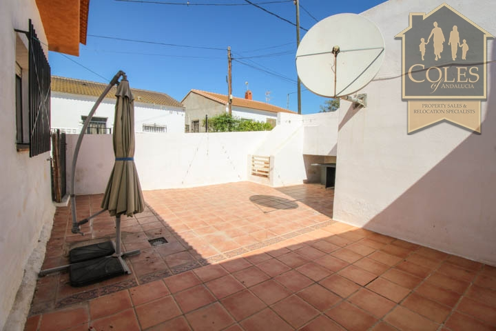 Coles of Andalucia property HUE5V01 photo 11