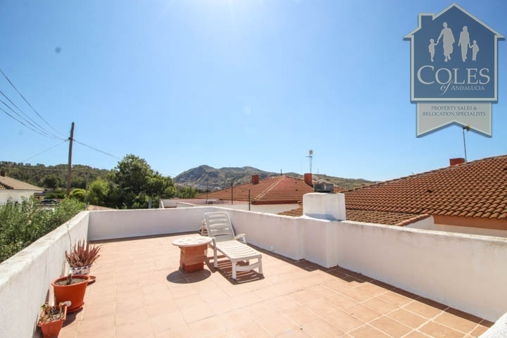Coles of Andalucia property HUE5V01 photo 18