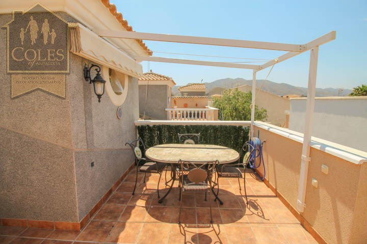 Coles of Andalucia property LOB4T10 photo 17