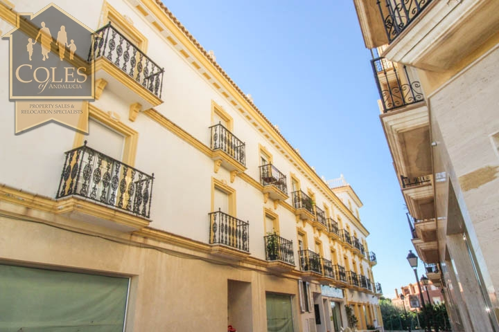Coles of Andalucia property PAL3A01 photo 8